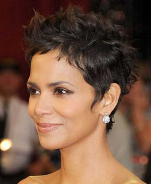 Trend halle berry pixie cuts Halle Berry Short Hair Styles Inspirations