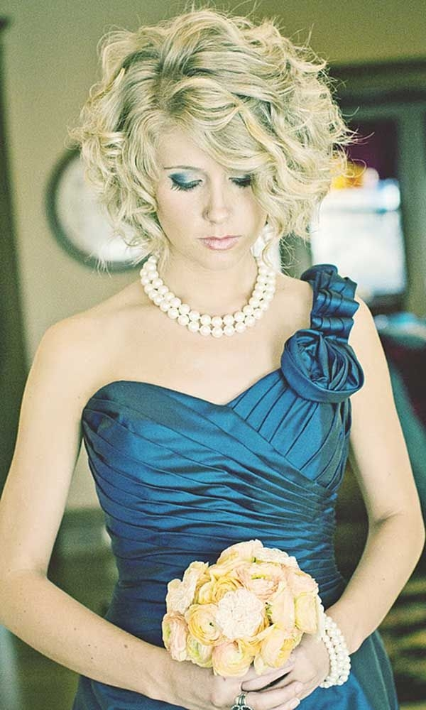 48 trendiest short wedding hairstyle ideas wedding forward Short Hairstyles For Bridal Party Inspirations
