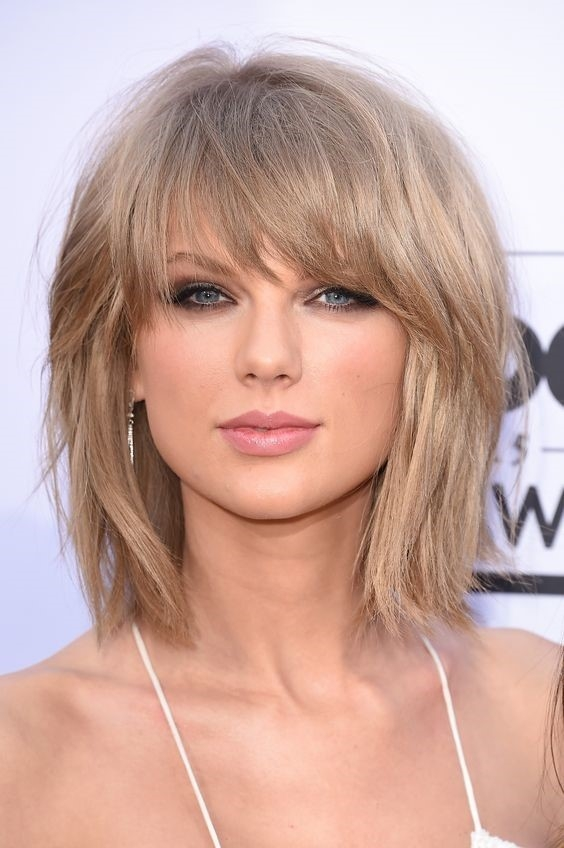 Awesome 15 adorable short haircuts youll actually want to try Short Hairstyles With Bangs And Layers Inspirations