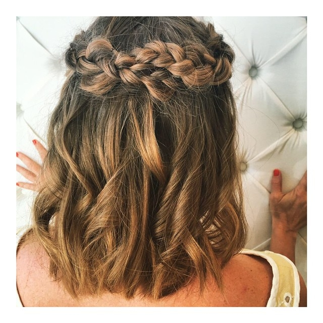 Awesome 20 hottest prom hairstyles for short medium hair 2021 Hairstyles With Short Hair For Prom Inspirations