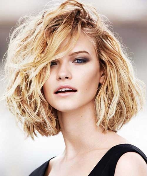 Awesome 20 short haircuts for thick wavy hair short hairstyles Short Haircuts For Wavy Thick Hair Ideas