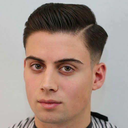 Awesome 25 best haircuts for guys with round faces 2020 guide Short Hairstyles For Round Faces Male Ideas