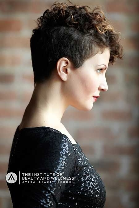 Awesome 25 lively short haircuts for curly hair short wavy curly Short Haircuts For Very Curly Hair Ideas