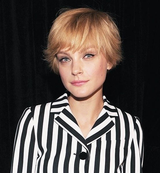 Awesome 26 best short haircuts for long face popular haircuts Short Haircuts For Fine Thin Hair Long Face Inspirations