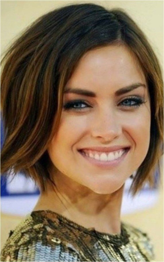 Awesome 30 best short hairstyles for oval faces 2018 latest Best Short Haircuts For Oval Shaped Faces Ideas