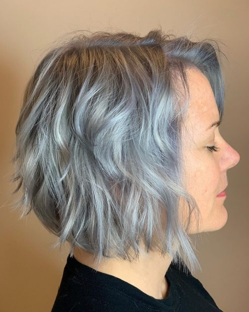 Awesome 40 cute youthful short hairstyles for women over 50 Short Wavy Grey Hair Styles Choices