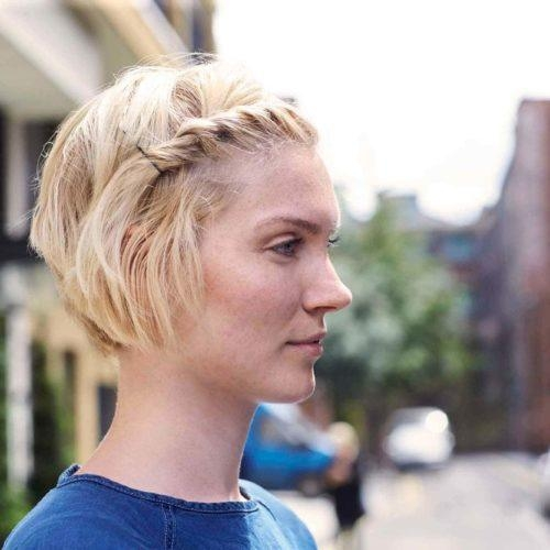 Awesome bob pin hairstyles trending for 2020 all things hair us Styling Short Hair With Bobby Pins Choices