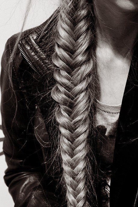 Awesome fishtail braid hairstyle great summer hair style for women Braid Hairstyle Tumblr Ideas