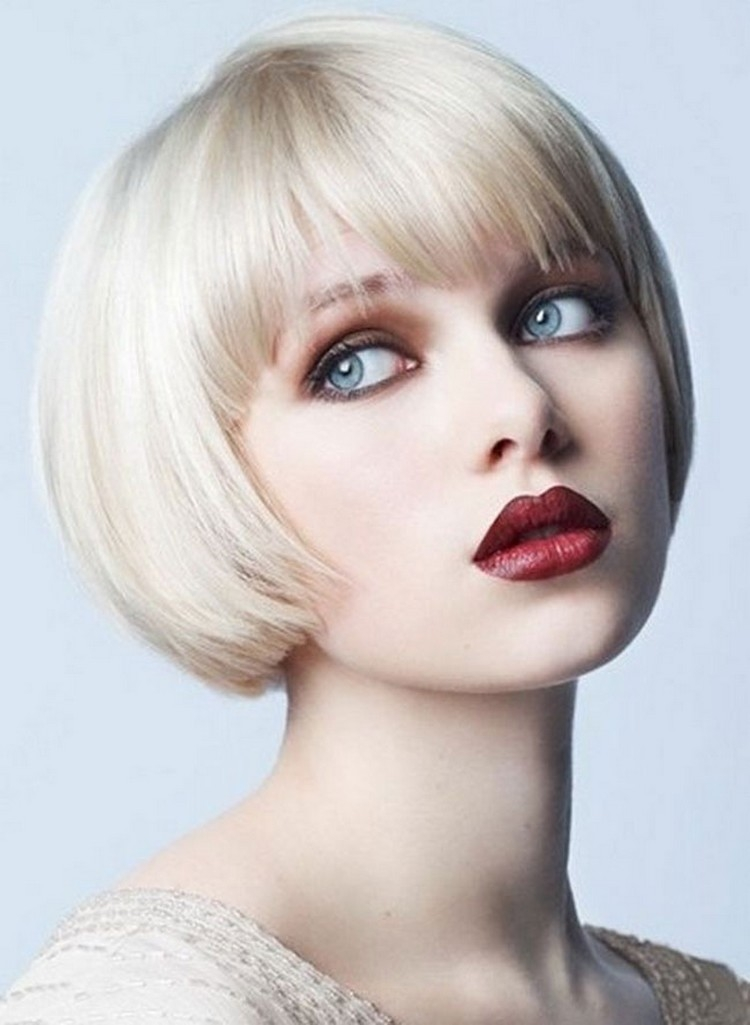 Awesome short blunt haircut with bangs the sugar styles all Short Blunt Haircuts With Bangs Ideas