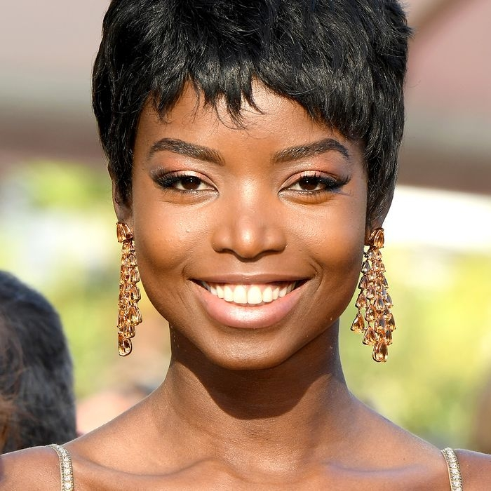 Awesome the 5 best haircuts for thin hair according to experts Short Haircuts For Black Women With Thin Hair Inspirations