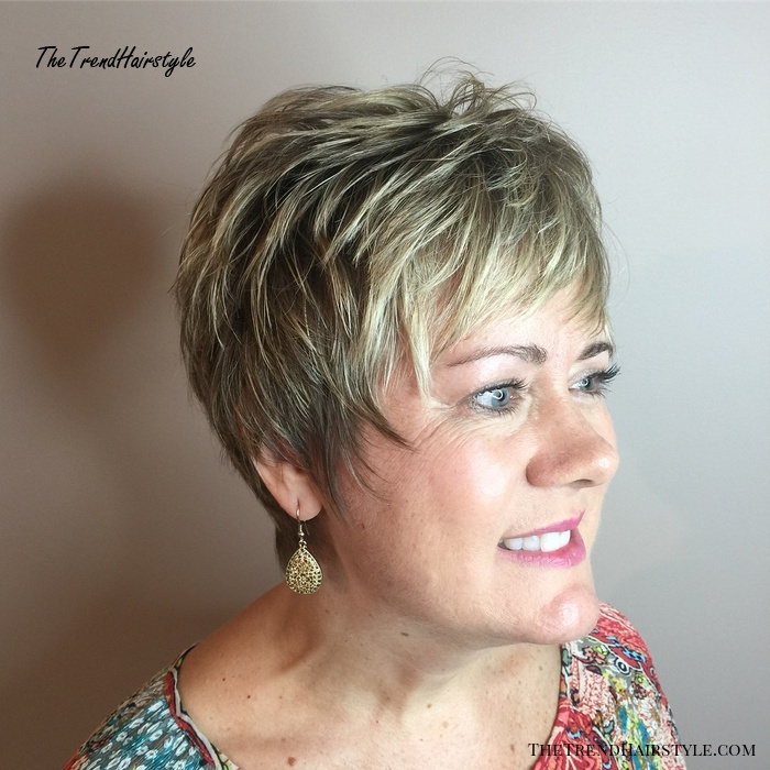 Awesome very short textured razor cut for fine hair 20 youthful Short Shaggy Haircuts For Older Women Inspirations