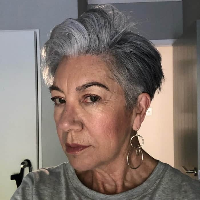 Best 21 chic grey hairstyles ideal for over 60 women hairstylecamp Short Gray Hair Styles Choices