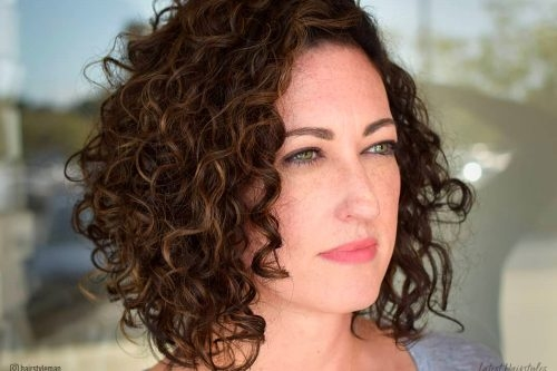 Best 29 short curly hairstyles to enhance your face shape Short Haircuts For Naturally Curly Hair Pictures Ideas