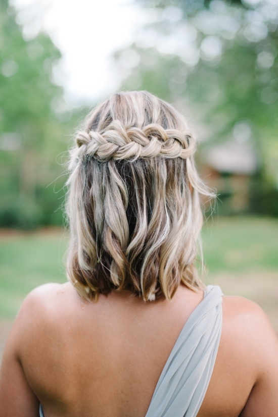 Best 30 bridesmaid hairstyles your friends will love a Short Hairstyle For Maid Of Honor Inspirations