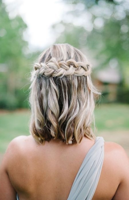 Best 40 wedding hairstyles for short hair to get inspired oh Wedding Hairstyles For Bridesmaids With Short Hair Inspirations