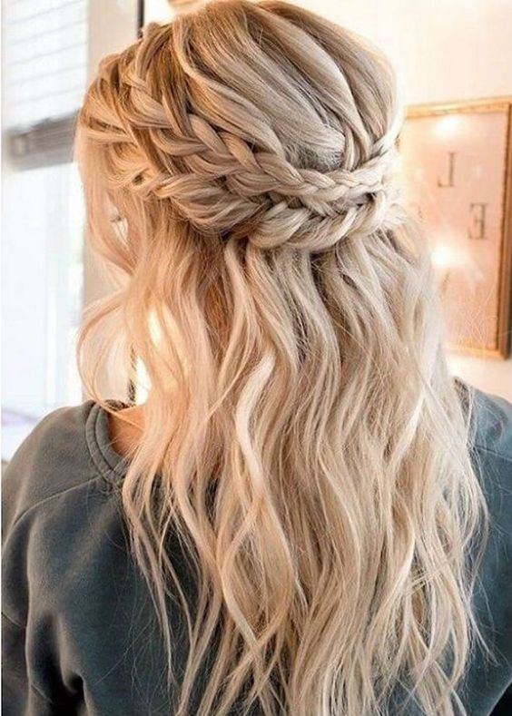 Best 53 pretty half updo wedding hairstyles weddingomania Wedding Hairstyles For Long Hair Half Up Half Down With Braids Inspirations