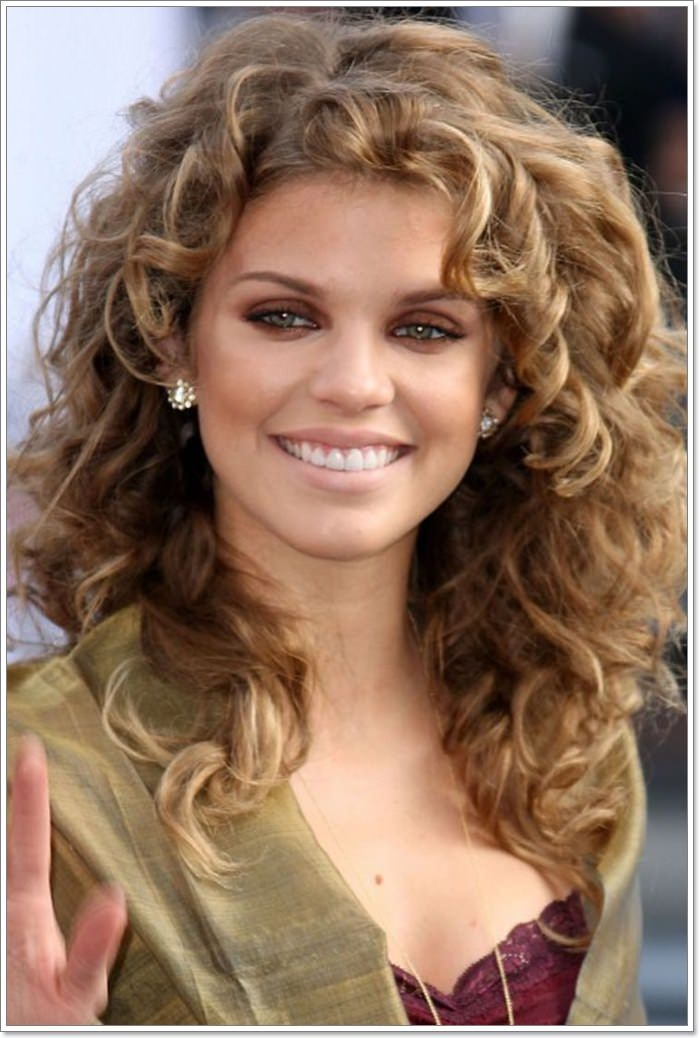 Best 88 hairstyles for square faces reach the oval ideal Short Curly Haircuts For Square Faces Choices