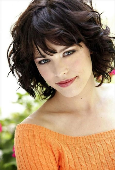 Best pin on oval face shape Short Haircuts For Thick Wavy Hair Oval Face Choices