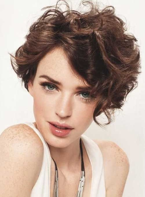 Best short curly hairstyles for oval faces 500682 pixels Short Haircuts For Curly Hair Long Face Ideas
