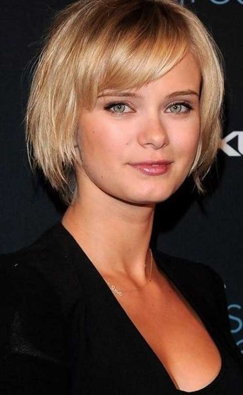Elegant 15 short straight hairstyles for round faces Short Haircuts For Straight Hair And Round Faces Choices