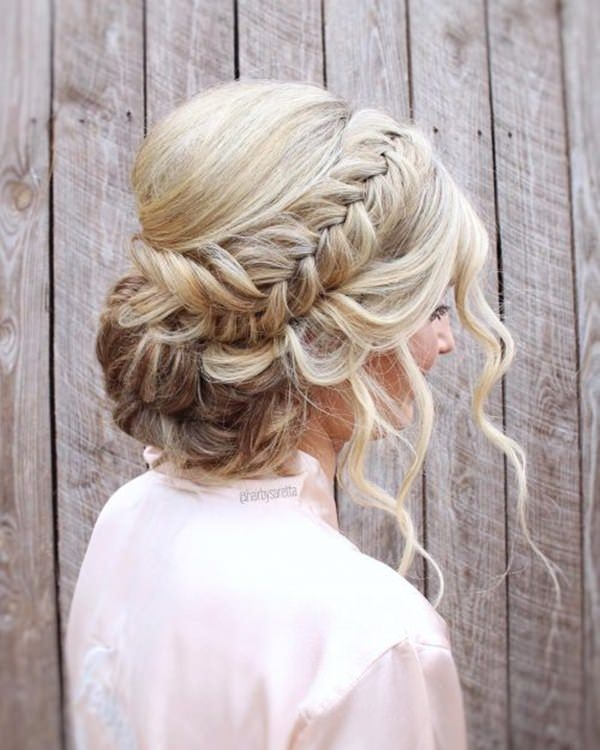 Elegant 154 updos for long hair featuring beautiful braids and buns Hairdos Braids Long Hair Inspirations