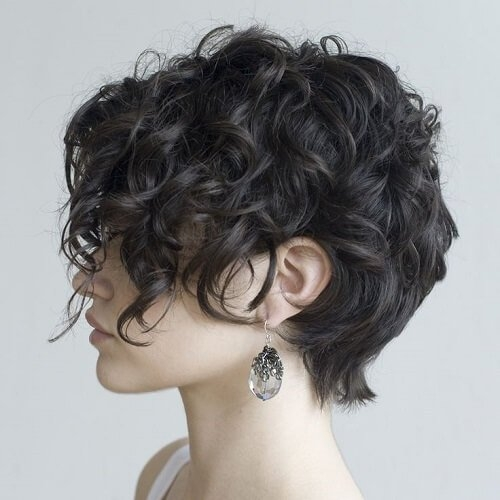 Elegant 25 chic short hairstyles for thick hair in 2020 the trend Short Pixie Hairstyles For Thick Wavy Hair Inspirations