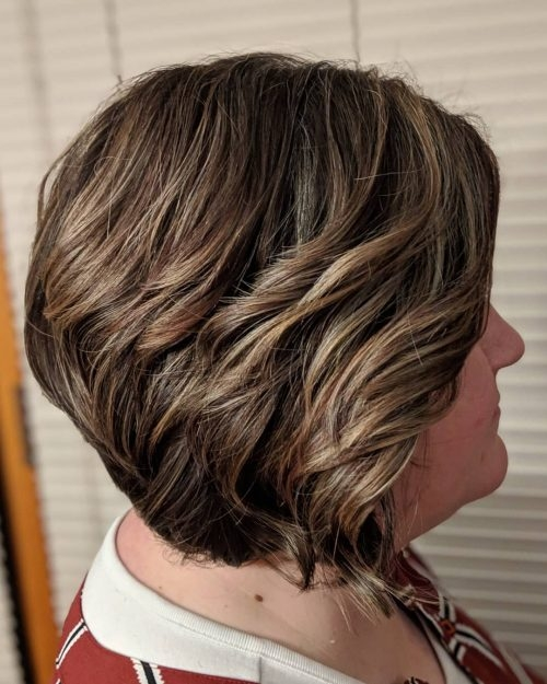 Elegant 27 perfectly cut short hair for round face shapes ideas for Best Hairstyle For Round Face Short Hair Inspirations