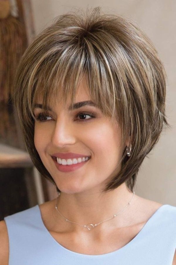 Elegant 40 short haircuts for round faces trending in december 2020 Hairstyles For Round Faces And Thick Hair Short Choices