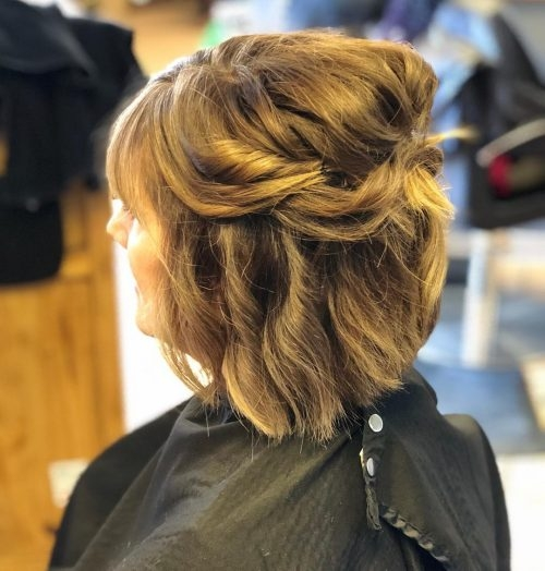 Elegant mother of the bride hairstyles 26 elegant looks for 2020 Short Hair Mother Of The Bride Styles Choices