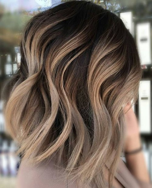 Elegant neutral carmel blonde hair color ideas for short hairstyles Hair Color And Styles For Short Hair Ideas
