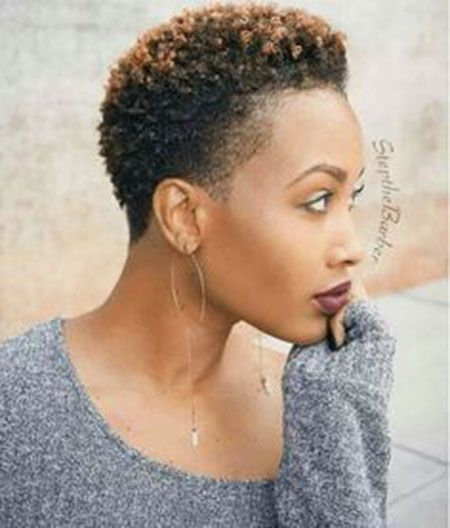 Elegant pin en relaxed curler rods Cute Short Haircuts For Natural Hair Inspirations