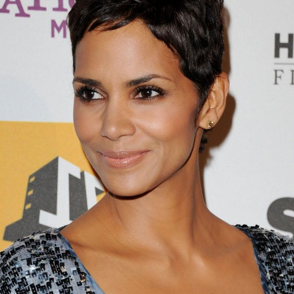 Elegant pin on relaxed short hairstyles Halle Berry Short Haircut Choices