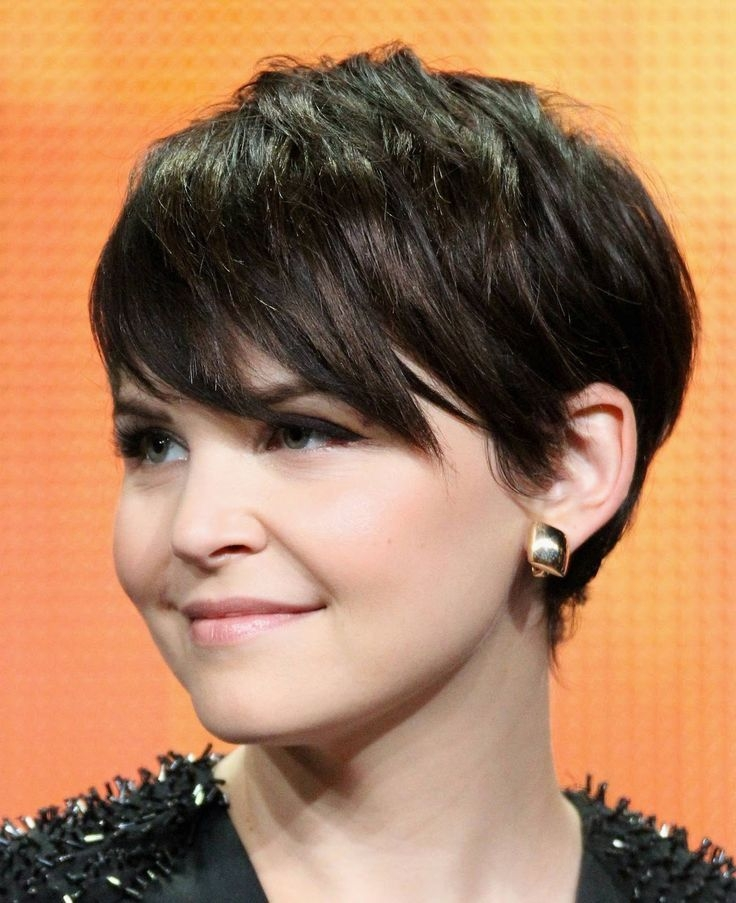 Elegant top 10 short haircuts for round faces popular haircuts Short Hairstyles For Full Faces Ideas