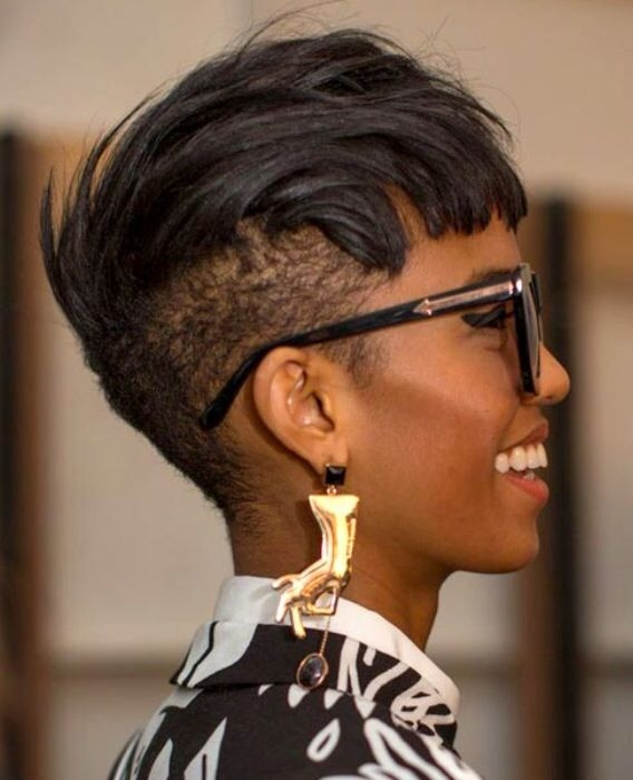 Elegant undercut black hair natural pixie hair styles short Abfrican American Shorthairstyles With Shaved Sides Ideas