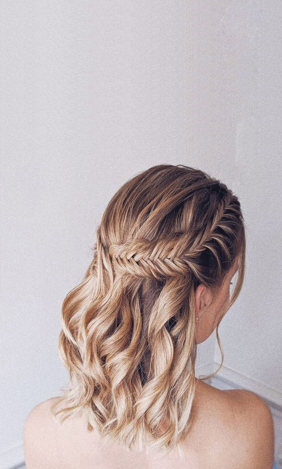 Fresh 28 captivating half up half down wedding hairstyles Short Hair Styles For Matric Dance Choices