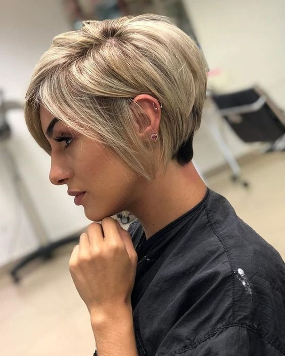 Fresh 9 latest and trendy short hairstyles for thick hair must Trendy Short Hairstyles For Thick Hair Choices