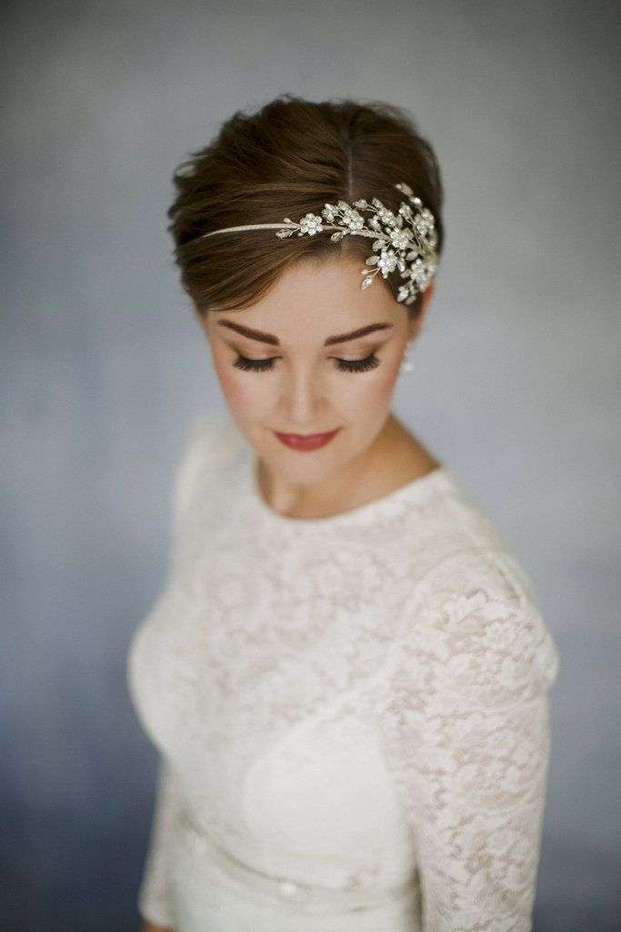 Fresh short hair wedding inspiration that shows you dont have to Very Short Hair Wedding Styles Inspirations