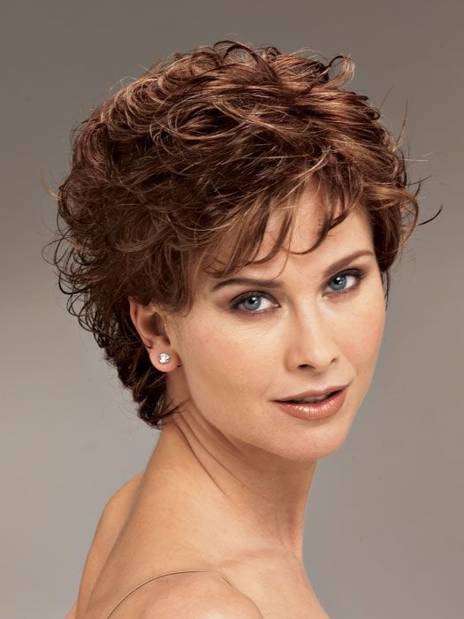 Fresh short hairstyles for curly hair women over 40 short curly Short Haircut Styles For Women With Curly Hair Inspirations