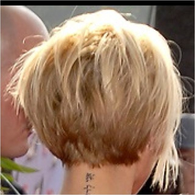 like the short neckline and layering and oh the tattoo in Short Neckline Haircuts Ideas