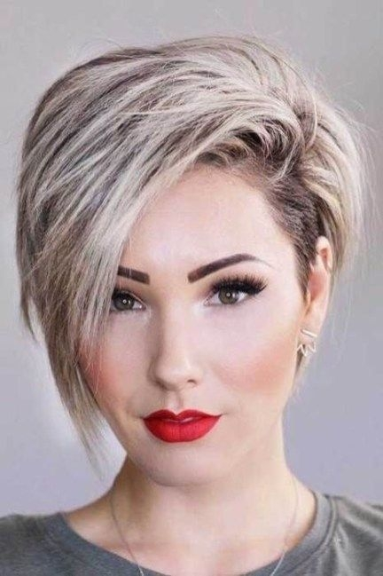 plaid textured suit pants thick hair styles long face Short Hairstyles For Thick Hair Long Face Ideas