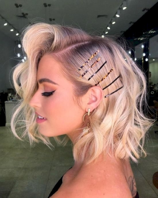 Stylish 3 quick and easy hair styling tips for short hair hnh style Short Hair Styling Tips Ideas