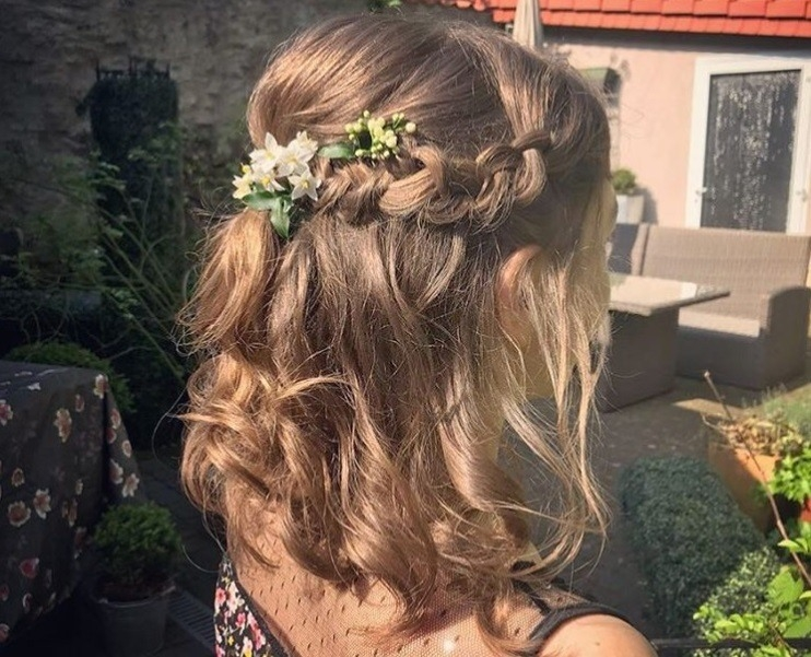 Stylish 30 best half up half down prom hairstyles all things hair Prom Hairstyles For Short Hair Half Up Half Down Curly Ideas