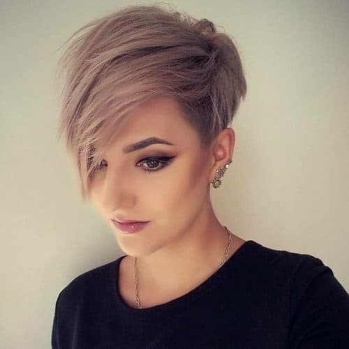 Stylish 35 short straight hairstyles trending right now in 2020 Short Haircut Styles Straight Hair Ideas