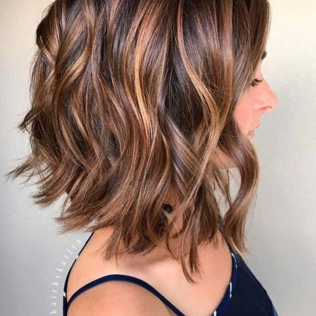 Stylish 40 best short hairstyles for thick hair 2021 short Medium Short Haircuts For Thick Hair Inspirations