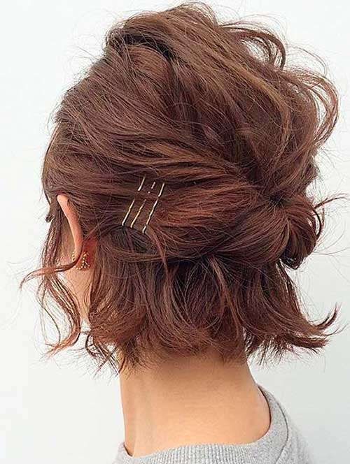 Stylish adorable short hairstyles with bob pins Short Hair Bobby Pin Styles Inspirations