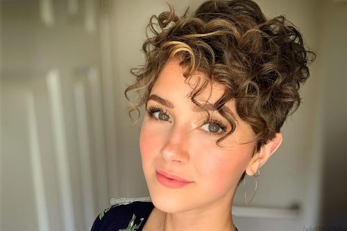 Stylish curly hairstyles ideas and advice for naturally curly hair Cute Haircuts For Short Curly Hair Ideas
