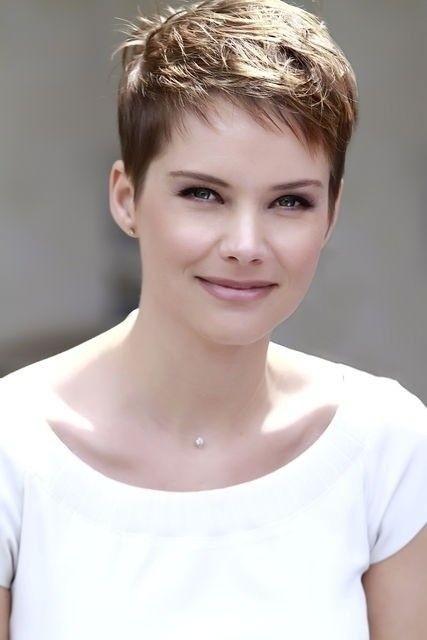 Stylish very short haircut for office feminine straight pixie cut Very Short Haircut Choices