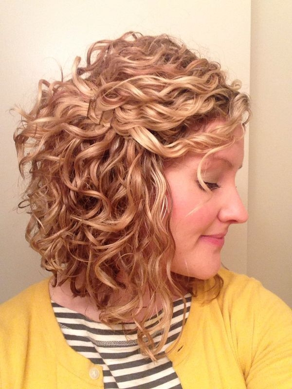 these short hairstyles for naturally curly hair are perfect Short Hairstyles For Thick Naturally Curly Hair Choices