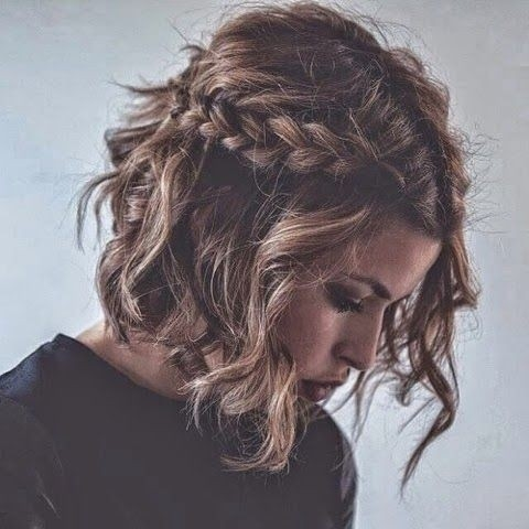 Trend 18 short hairstyles for thick hair styles weekly Short Haircuts For Wavy Thick Hair Ideas