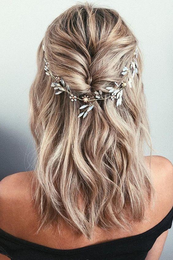 Trend 24 medium length wedding hairstyles for 2020 mrs to be Wedding Hairstyles For Short To Medium Length Hair Choices